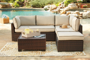 ash outdoor sectional with chase
